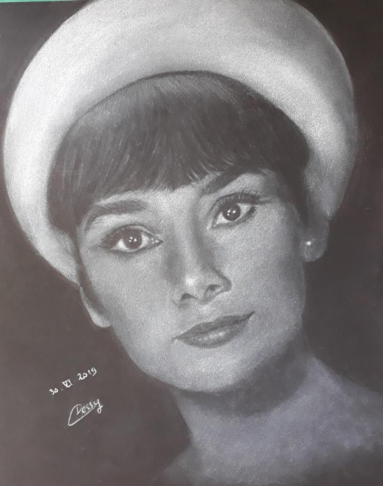 Audrey Hepburn por Cessydu31